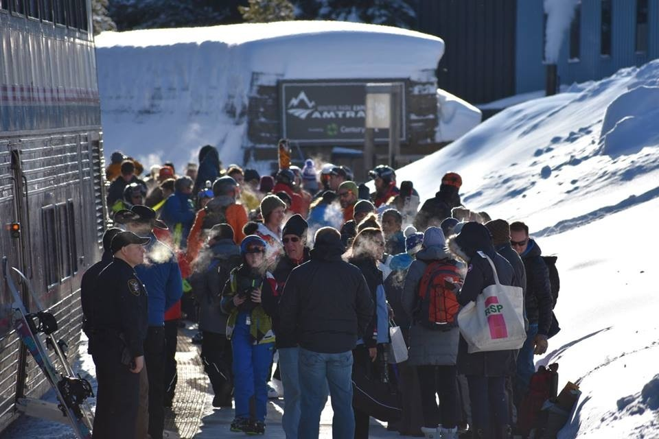 Skiers and riders unload on chilly morning. (Winter Park/Facebook)