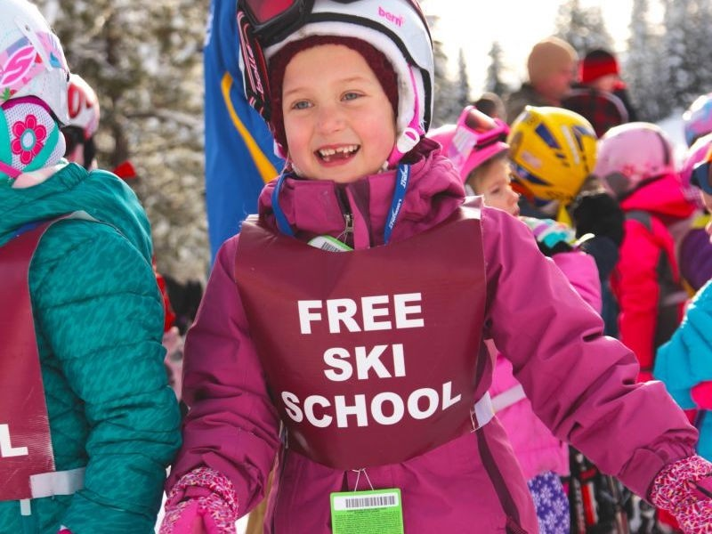 Famous free ski school for the young-uns. (Lookout Pass/Facebook)