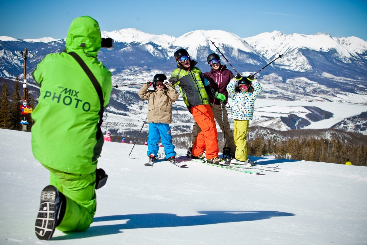 Get Social On The Mountain! SnoCountry's Best Bets For Social Media And Tracking Apps