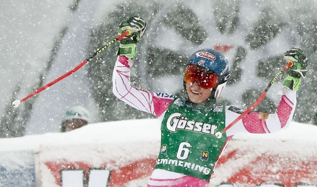 Shiffrin Battles Through Snowstorm For Second-Straight GS Win
