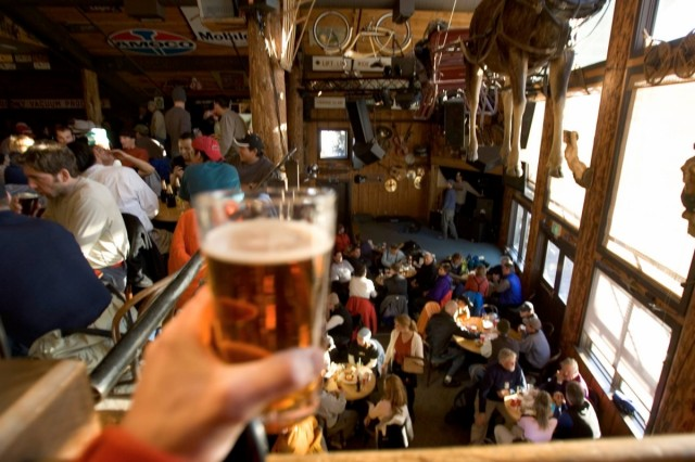 SnoCountry's Best Apres-Ski Bars