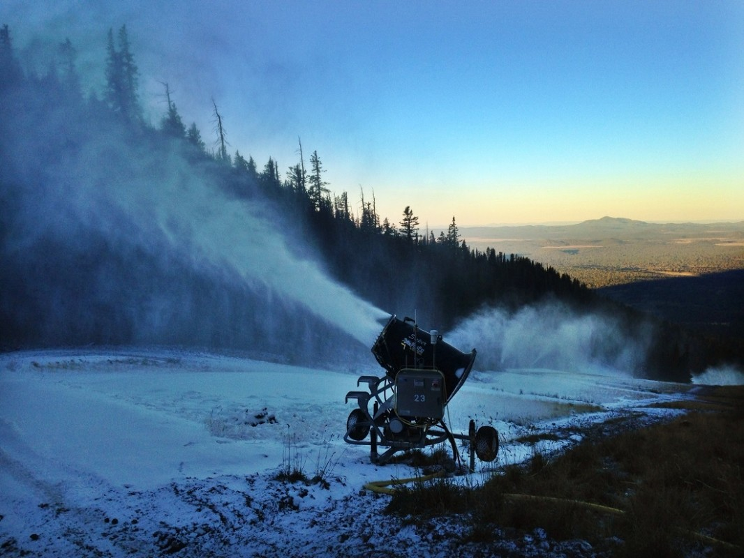Snowmaking has begun at Arizona Snowbowl (Arizona Snowbowl/Carlos Danel)