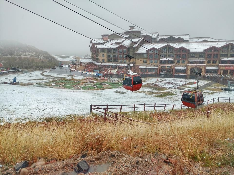 Canyons gondola gets early workout. (Park City Mountain/Facebook)