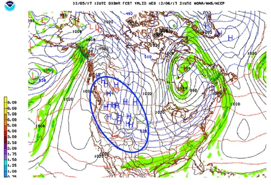 High pressure dominates the West with dry weather. (NOAA/NCEP)