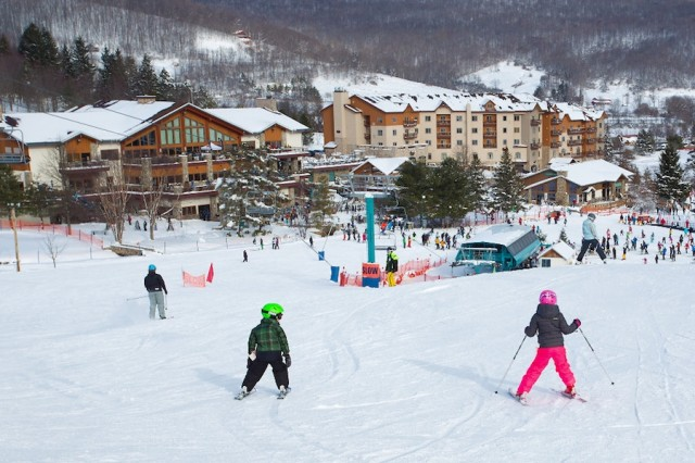 Holiday-Valley-lodge_tamarackfrom_slope