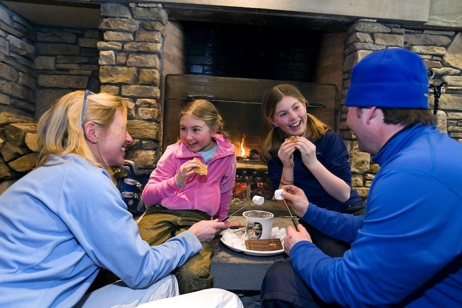 Even s'mores with the kids is an elevated experience at Okemo. (Okemo)