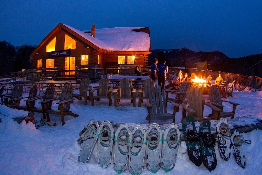 Camp III Snowshoe and S'mores apres party. (Loon/Facebook)