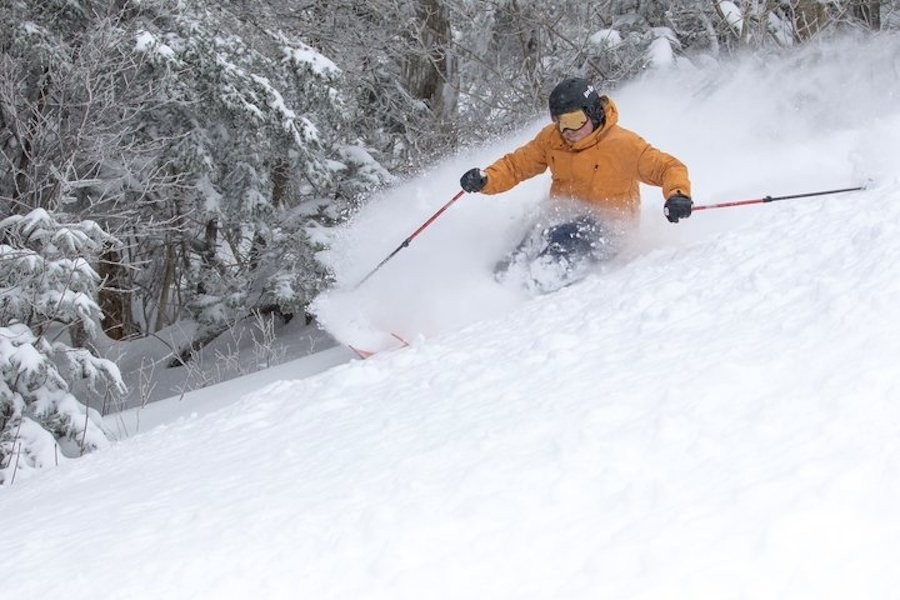 Killington-skier-powder