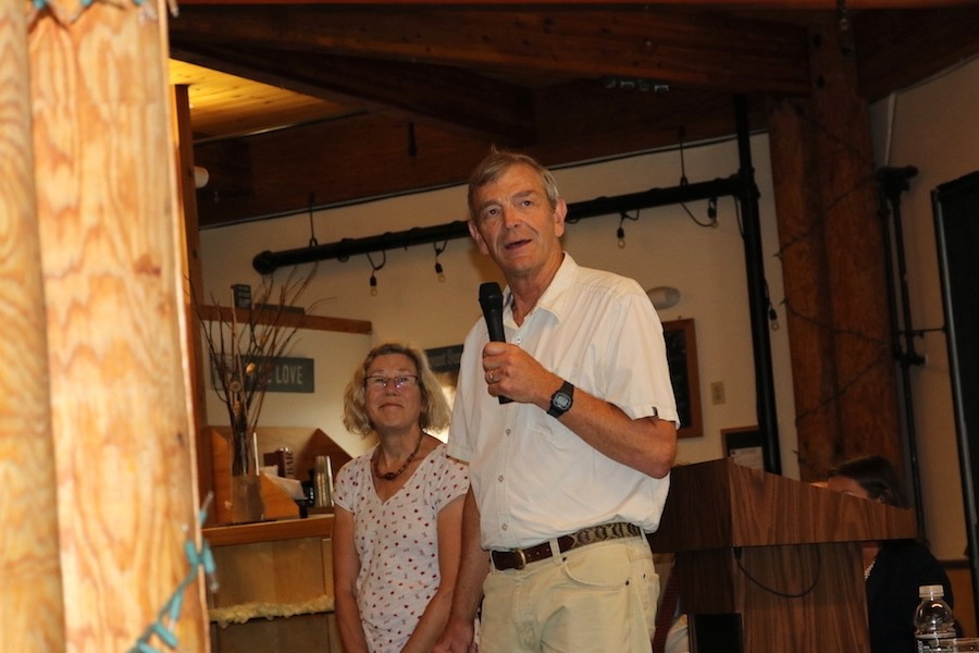 Tim and Diane Mueller thank their many supporters for their time at Mount Sunapee. (Martha Wilson)