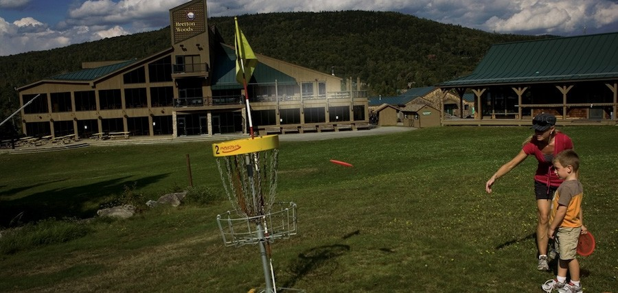 Get outside and try disc golf at Bretton Woods. (Bretton Woods)
