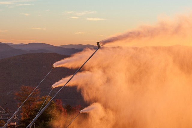 Pre-season-snowmaking-test-at-Sunday-River-October-5-2018