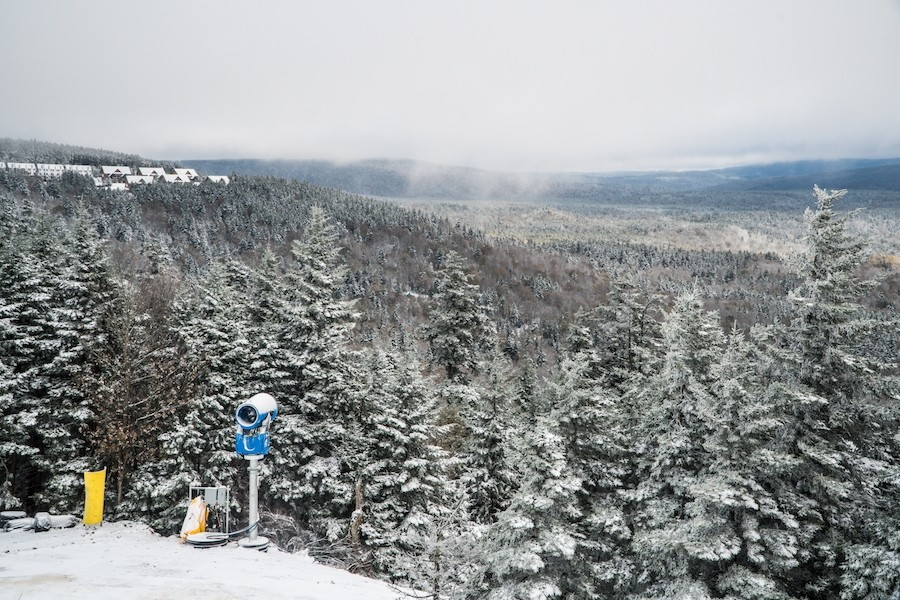 The white stuff falls Oct. 21 at West Virginia's Snowshoe. (Snowshoe)
