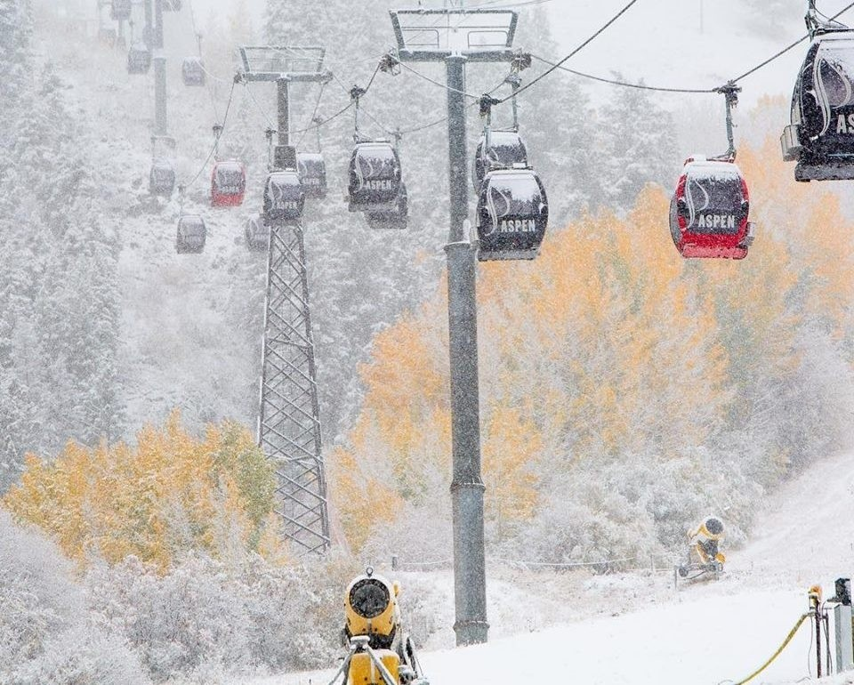 Season's change and so does Aspen Mountain. (Aspen-Snowmass/Facebook)