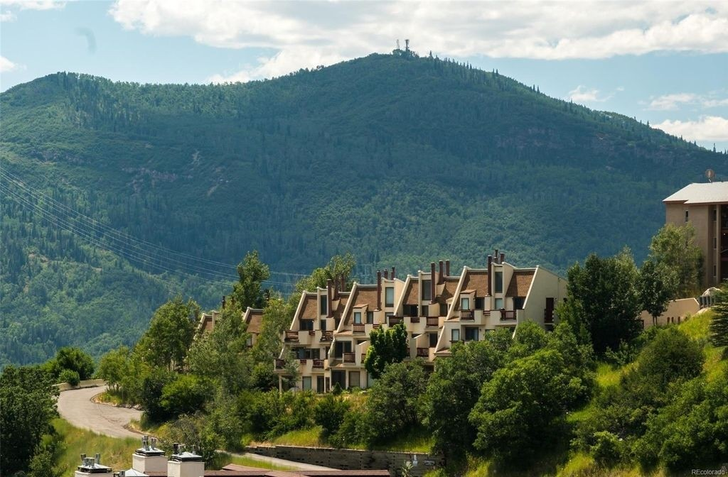 Huge views at this Steamboat Springs slopeside condo. (Zillow)