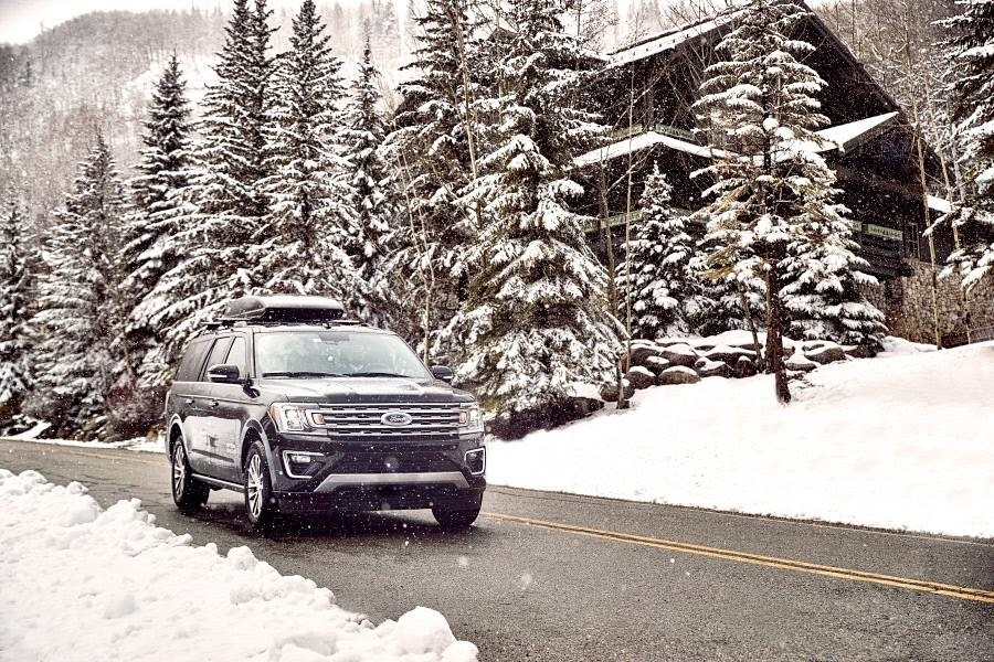 Shuttle transport comes in all forms, including SUVs equipped for mountain travel. (Peak 1 Express/Facebook)