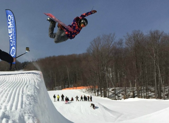 Anna-Valentine-in-the-Okemo-Superpipe