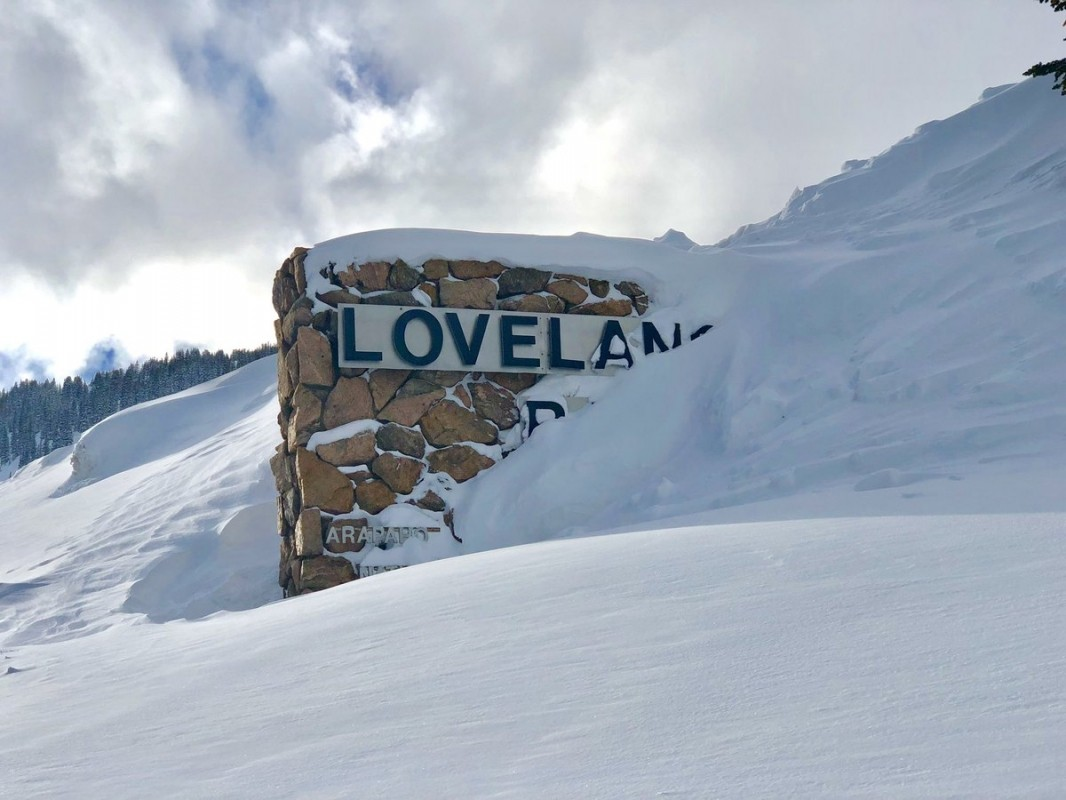 Loveland Ski Resort has been buried! (Twitter.com/LovelandSkiArea)