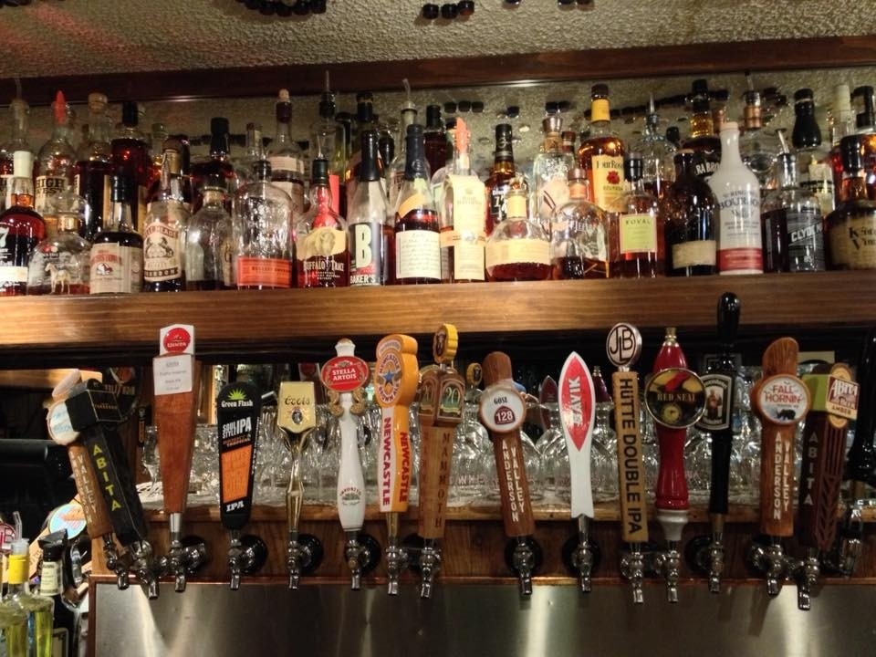 It's true: 160 whiskeys and 26 beer taps await after day at Mammoth. (Clocktower Cellar/Facebook)